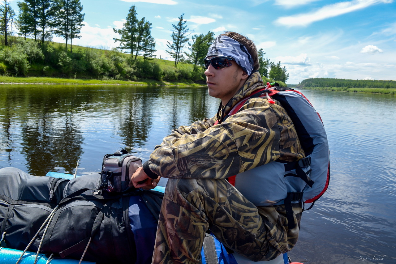 сплав да рыбная ловля  сверху реке витим